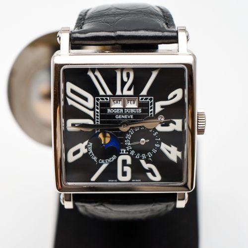 羅傑杜彼Golden Square系列萬年曆腕表