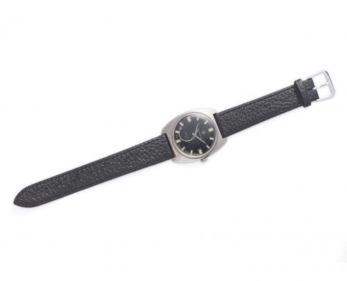 1972年紅旗牌航空機械手錶
