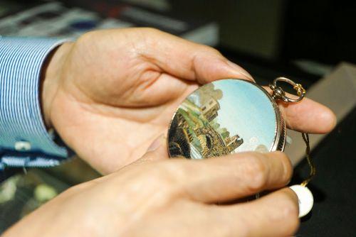 跨越百年的钟表,在安帝古伦春拍预展中亮相