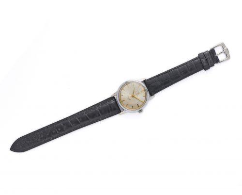 1958年上海牌A581型机械手表