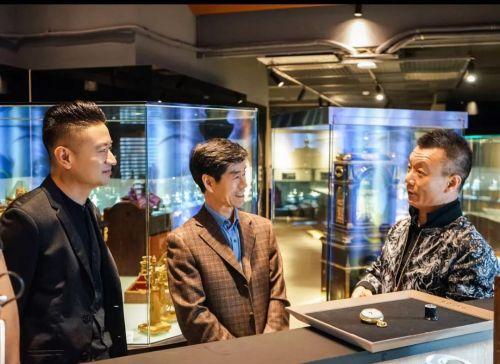 故宫博物院钟表修复大师到访我馆