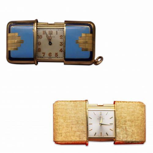 两枚微型旅行表