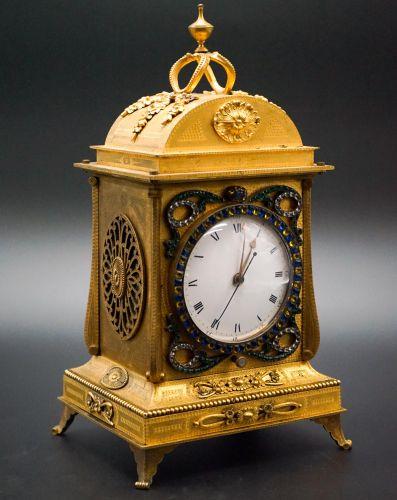 19世纪铜鎏金中国市场音乐座钟
