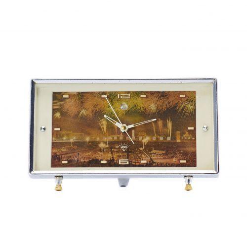 1979年钻石牌北京天安门广场国庆焰火庆典闹钟