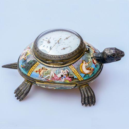 十九世纪珐琅银鎏金龟型座钟