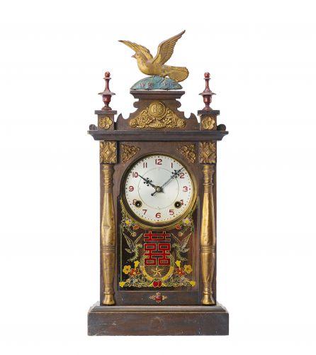 """1954年抗美援朝胜利""""保卫和平""""纪念座钟"""